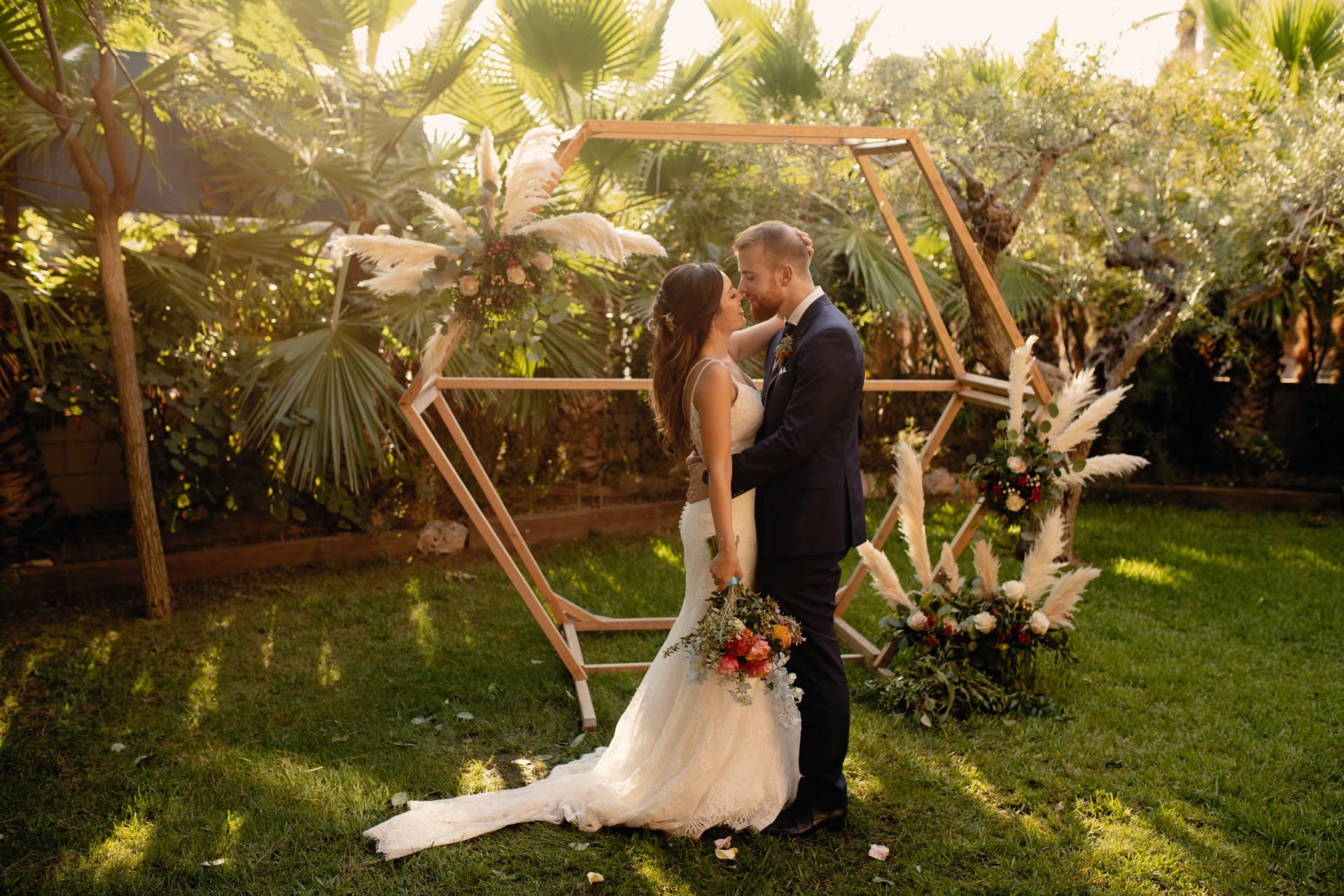 Sara, Ricard y la Carpa de Palas Pineda Wedding, una historia de amor